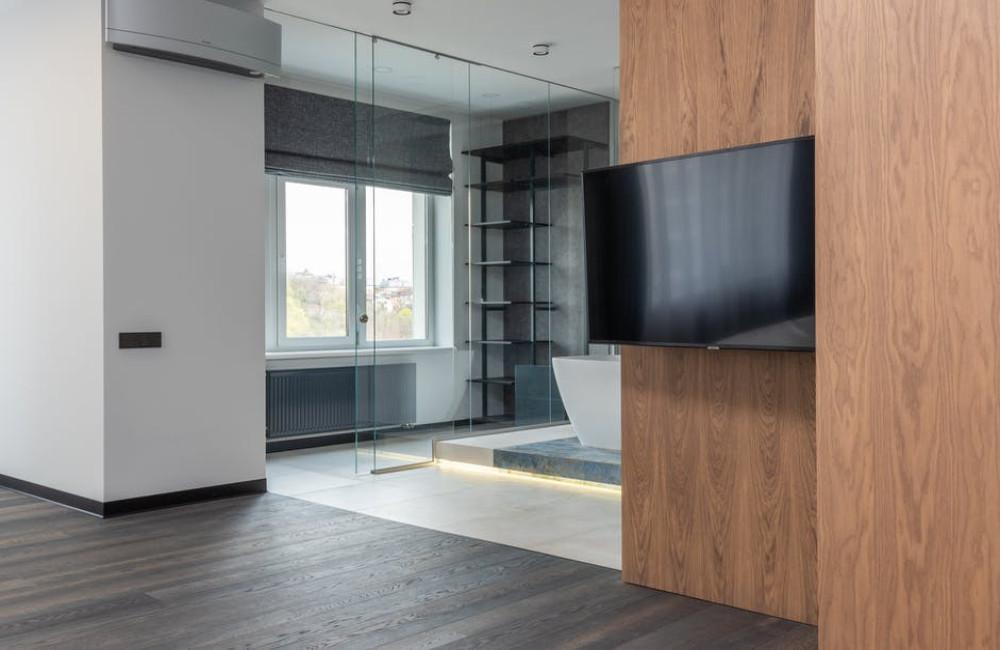 Bespaar ruimte met een tv beugel